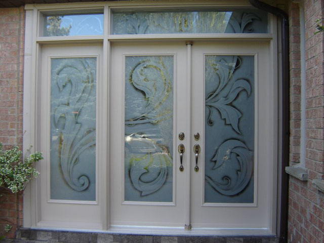 Privacy design on front doors